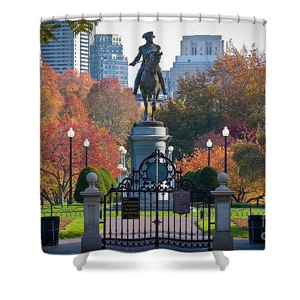 Washington Statue In Autumn Shower Curtain