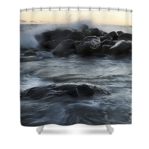 Wave Crashes Rocks 7838 Shower Curtain