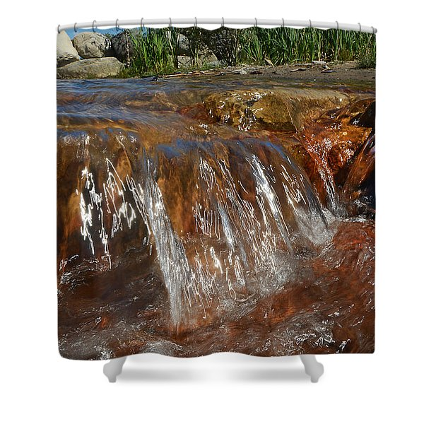 Wave Splash - Wards Beach Shower Curtain