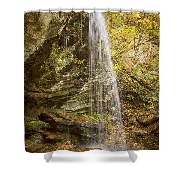 Window Falls In The Autumn Shower Curtain