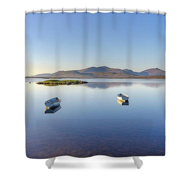 Bagh Nam Faoileann Shower Curtain