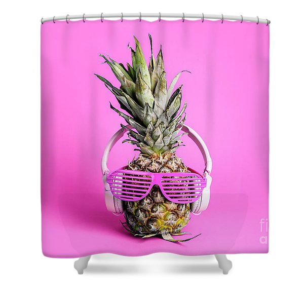 Fashionable  Trendy Pineapple Fruit With Headphones And Sun Glas Shower Curtain
