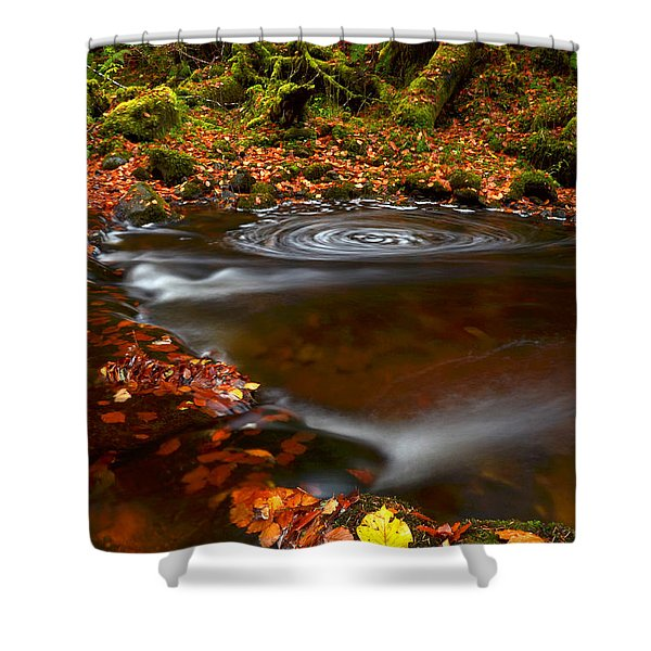 Reelig Glen Shower Curtain