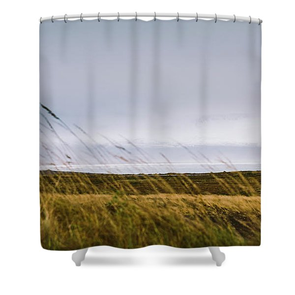 Beautiful Panoramic Photos Of Icelandic Landscapes That Transmit Beauty And Tranquility. Shower Curtain