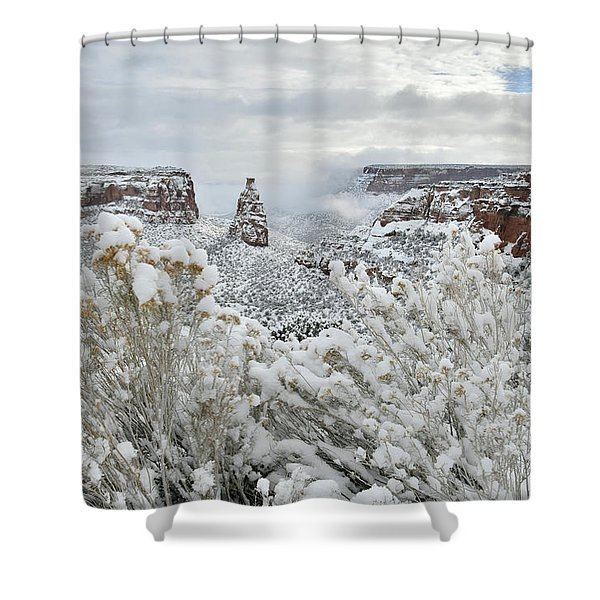 Beautiful Snow Morning Along Rim Rock Drive Shower Curtain