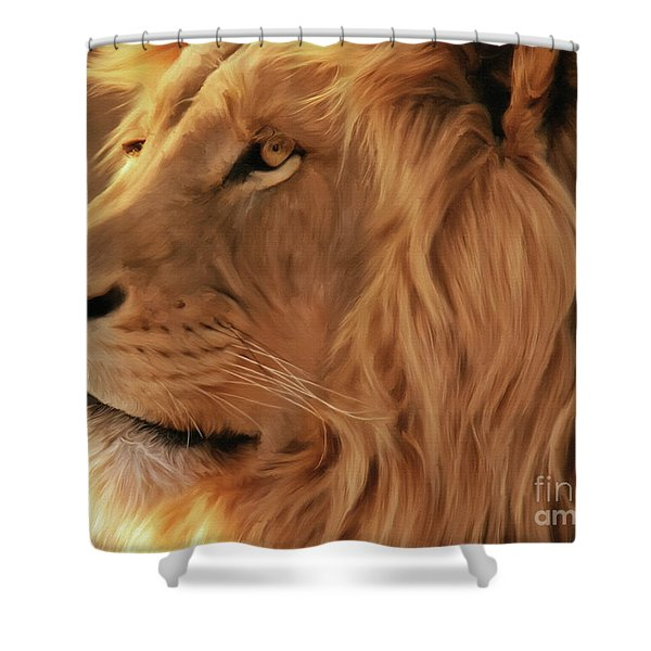 Big Lion  Shower Curtain