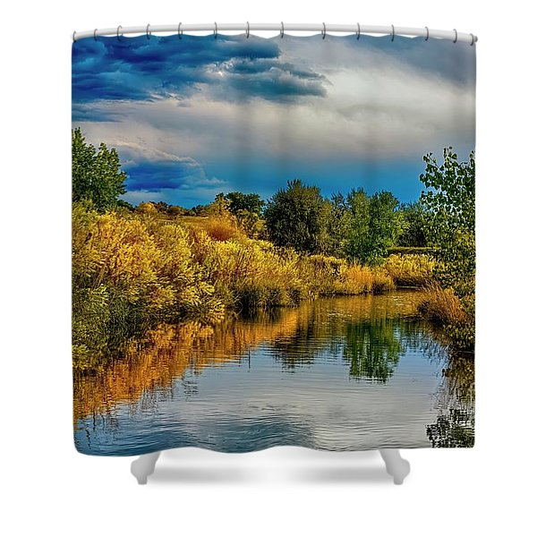 Colorado Red Tail Autumn Shower Curtain