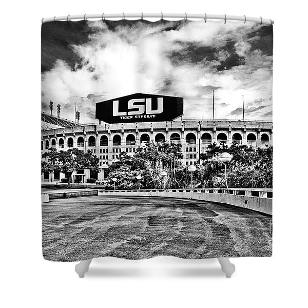 Death Valley - Hdr Bw Shower Curtain