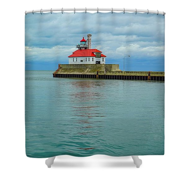 Duluth Lighthouse 2 Shower Curtain