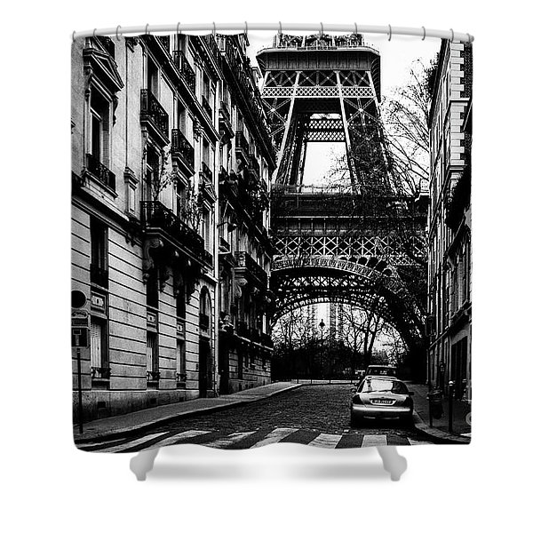 Eiffel Tower - Classic View Shower Curtain