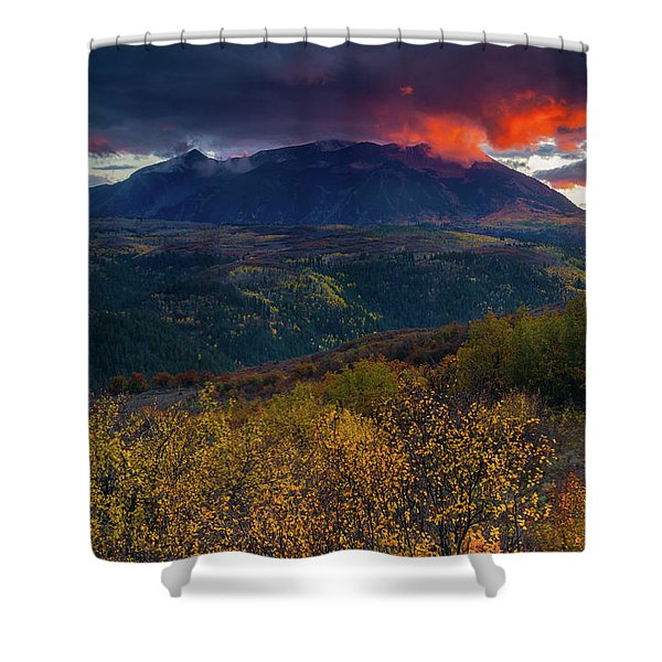 Shower Curtain featuring the photograph Glimpse Of Heaven by John De Bord