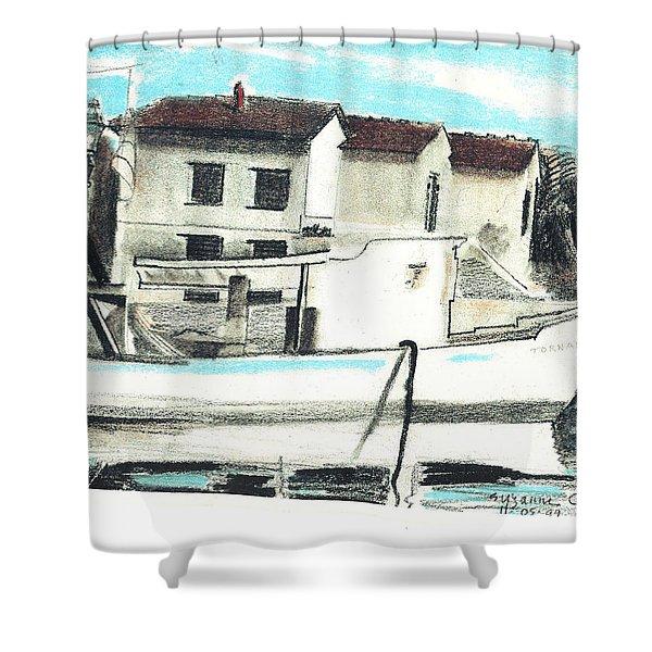 Le Barche Galleggianti Nel Mare Adriatico  Shower Curtain