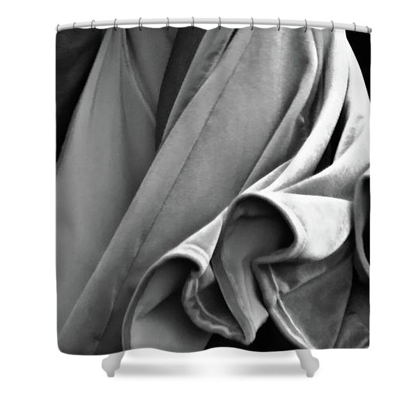 Shower Curtain featuring the photograph Mideastern Dancing 2 by Catherine Sobredo