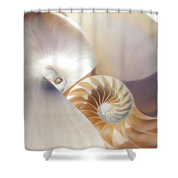Nautilus 0454 Shower Curtain