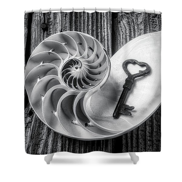 Nautilus Shell And Old Key Black And White Shower Curtain