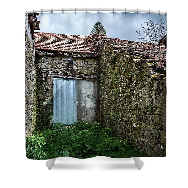 Old Abandoned House In Bainte Shower Curtain