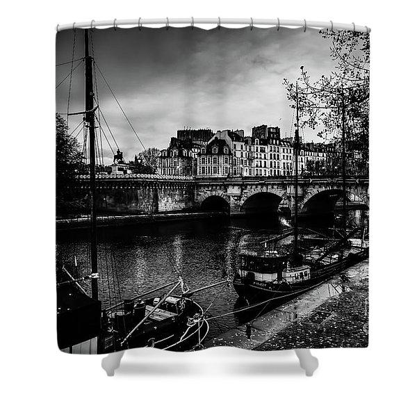 Paris At Night - Seine River Towards Pont Neuf Shower Curtain