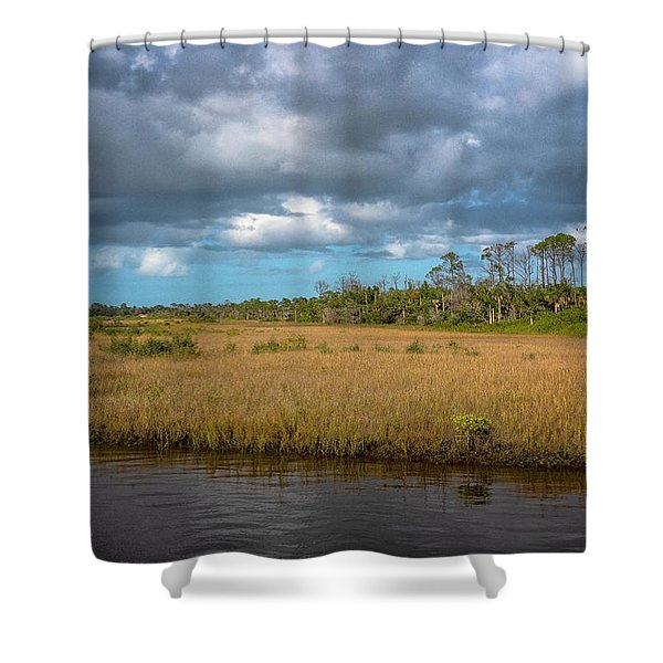 Shower Curtain featuring the photograph Spruce Creek Park by Tom Singleton