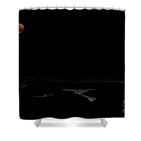 Super Blood Wolf Moon Eclipse Over Lake Casitas At Ventura County, California Shower Curtain