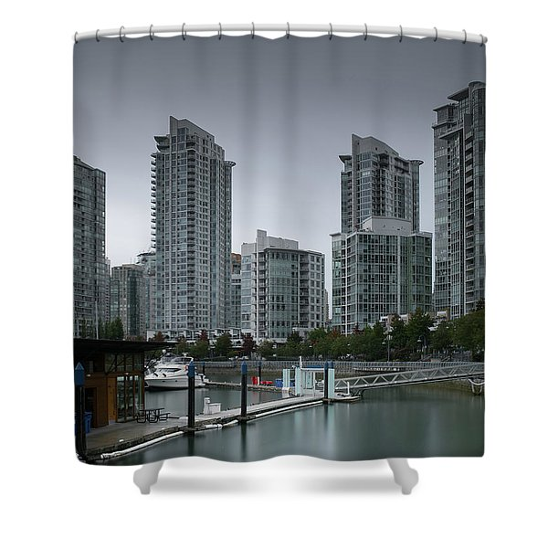The Quayside Marina - Yaletown Apartments Vancouver Shower Curtain