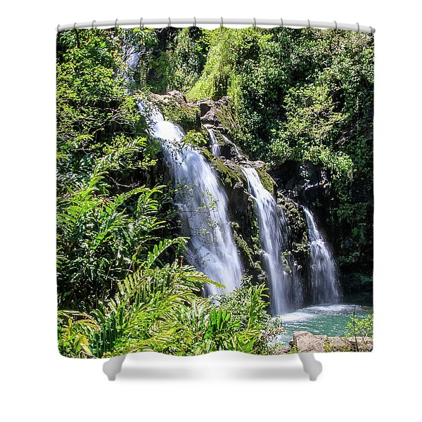 Shower Curtain featuring the photograph Upper Waikani Falls by Dawn Richards