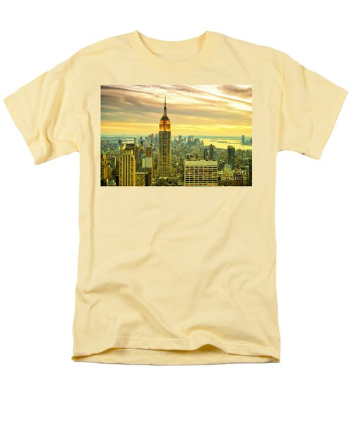 Empire State Building In The Evening Men's T-Shirt  (Regular Fit) by Sabine Jacobs