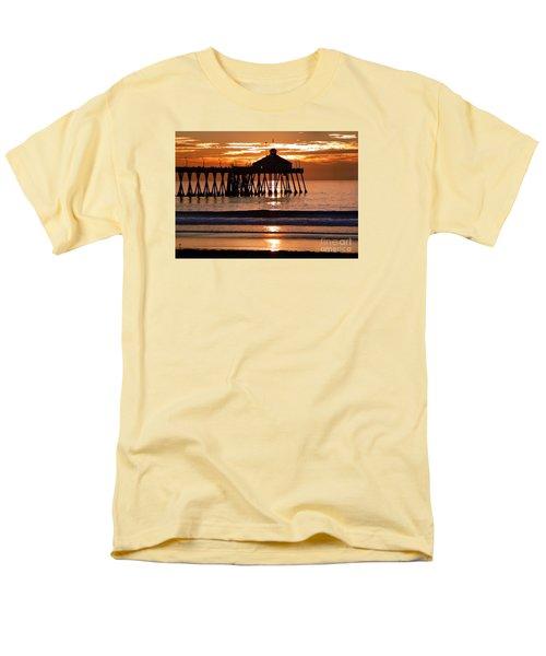 Sunset At Ib Pier Men's T-Shirt  (Regular Fit) by Barbie Corbett-Newmin
