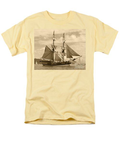 The Lady Washington Ship Men's T-Shirt  (Regular Fit) by Kym Backland