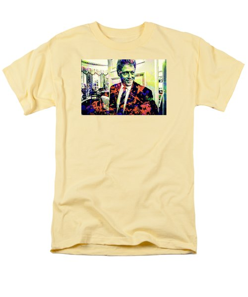 Bill Clinton Men's T-Shirt  (Regular Fit) by Svelby Art