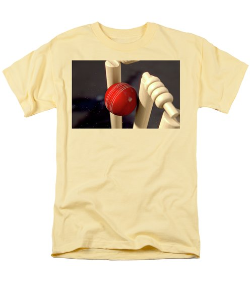 Cricket Ball Hitting Wickets Men's T-Shirt  (Regular Fit)