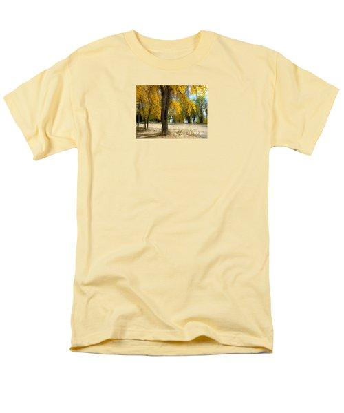 3975 Men's T-Shirt  (Regular Fit) by Peter Holme III