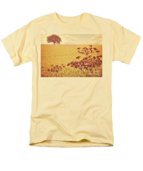 Men's T-Shirt  (Regular Fit) featuring the photograph By The Side Of The Wheat Field by Lyn Randle