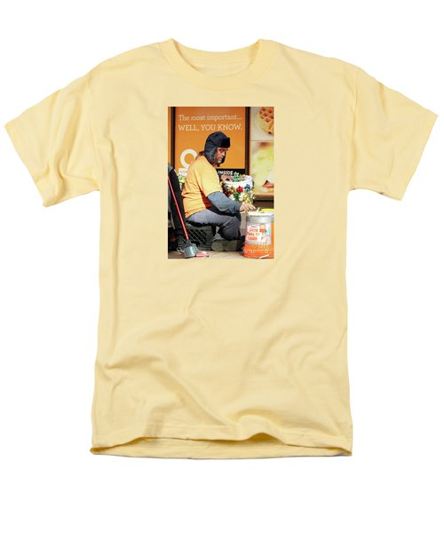Men's T-Shirt  (Regular Fit) featuring the photograph Christmas Cheer by Joe Jake Pratt