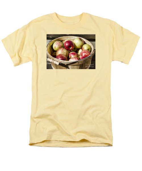 Men's T-Shirt  (Regular Fit) featuring the photograph Fresh Apples by Alana Ranney