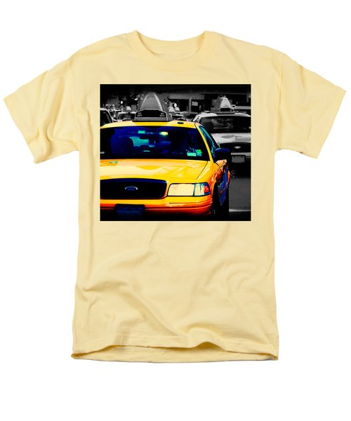 Men's T-Shirt  (Regular Fit) featuring the photograph New York Taxi by Christopher Woods