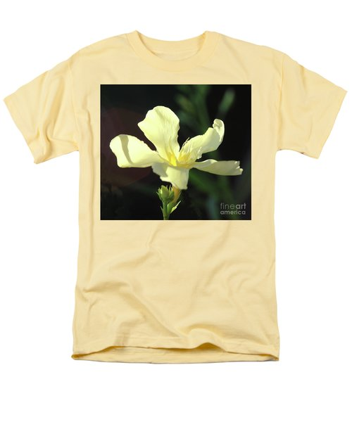 Oleander Marie Gambetta 1 Men's T-Shirt  (Regular Fit) by Wilhelm Hufnagl