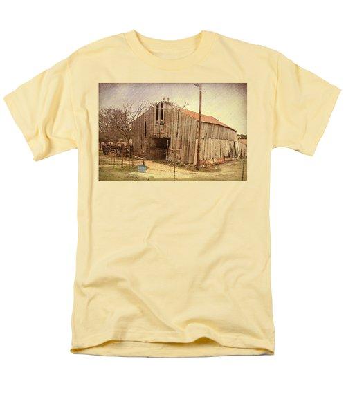 Men's T-Shirt  (Regular Fit) featuring the photograph Paul's Barn by Susan Crossman Buscho