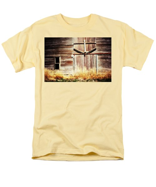 Men's T-Shirt  (Regular Fit) featuring the photograph Shine The Light On Me by Julie Hamilton