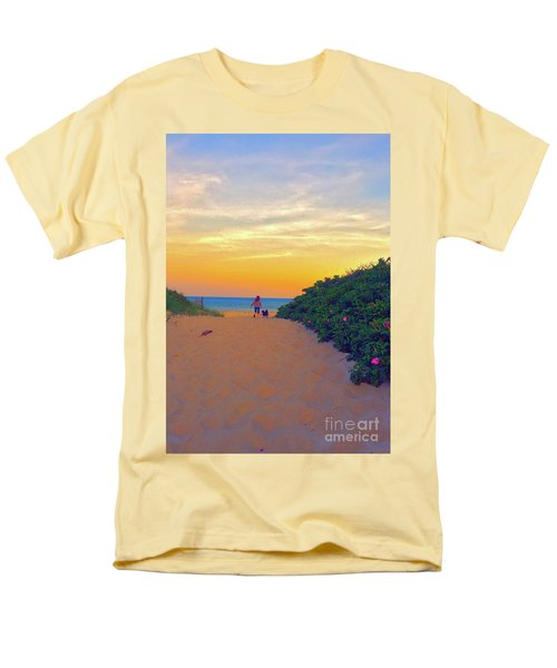 To The Beach Men's T-Shirt  (Regular Fit) by Todd Breitling
