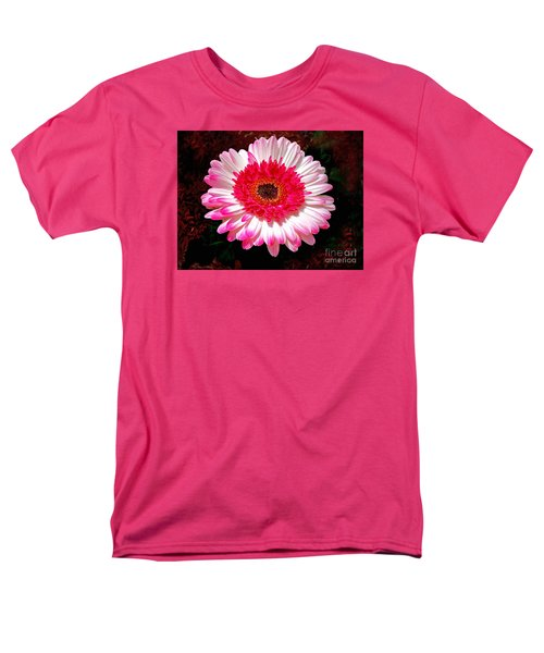 Lollipop Gerber Daisy Men's T-Shirt  (Regular Fit) by Patricia L Davidson