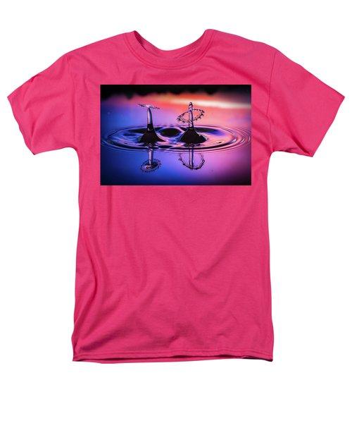 Synchronized Liquid Art Men's T-Shirt  (Regular Fit)
