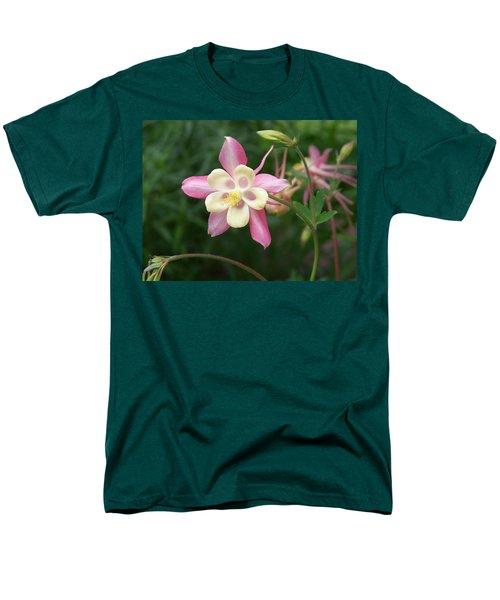 Men's T-Shirt  (Regular Fit) featuring the photograph Columbine by Kathryn Meyer