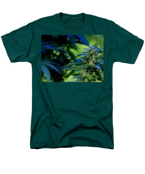 Men's T-Shirt  (Regular Fit) featuring the photograph Harvest Time by Jeanette C Landstrom