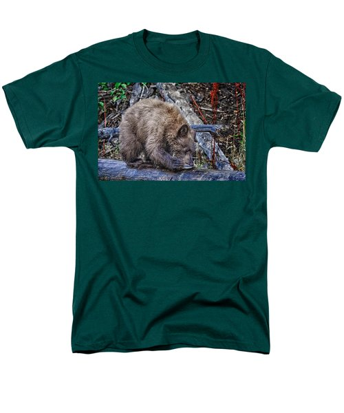 Men's T-Shirt  (Regular Fit) featuring the photograph Lunch Break by Jim Thompson