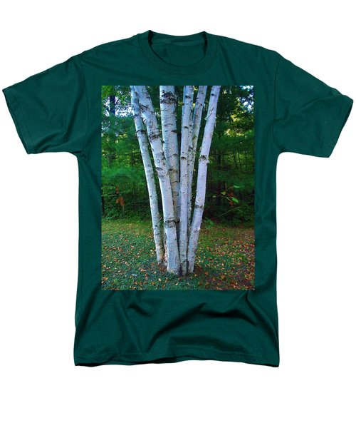 Men's T-Shirt  (Regular Fit) featuring the photograph Micro-grove by Daniel Thompson