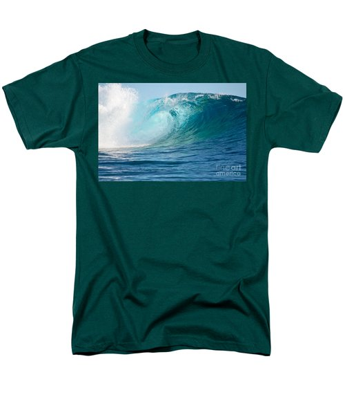 Pacific Big Wave Crashing Men's T-Shirt  (Regular Fit)