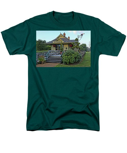 St Charles Station On The Katty Trail Look West Dsc00849 Men's T-Shirt  (Regular Fit) by Greg Kluempers