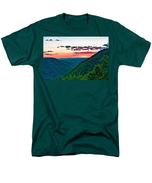 The Far Hills 2 Men's T-Shirt  (Regular Fit) by Steve Harrington