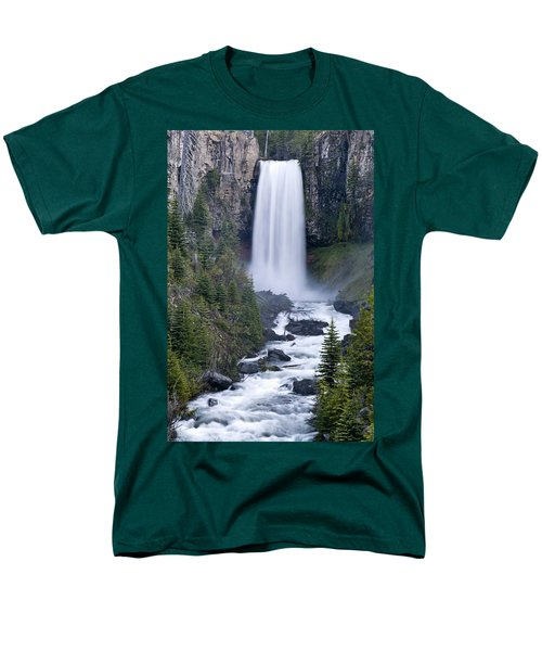 Tumalo Falls Men's T-Shirt  (Regular Fit)