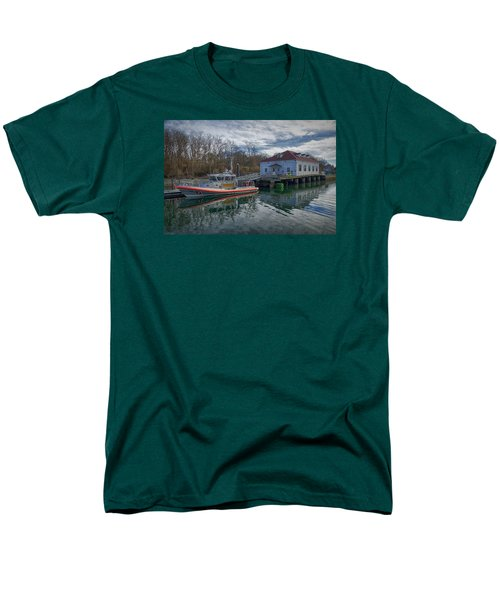 Usgs Castle Hill Station Men's T-Shirt  (Regular Fit)